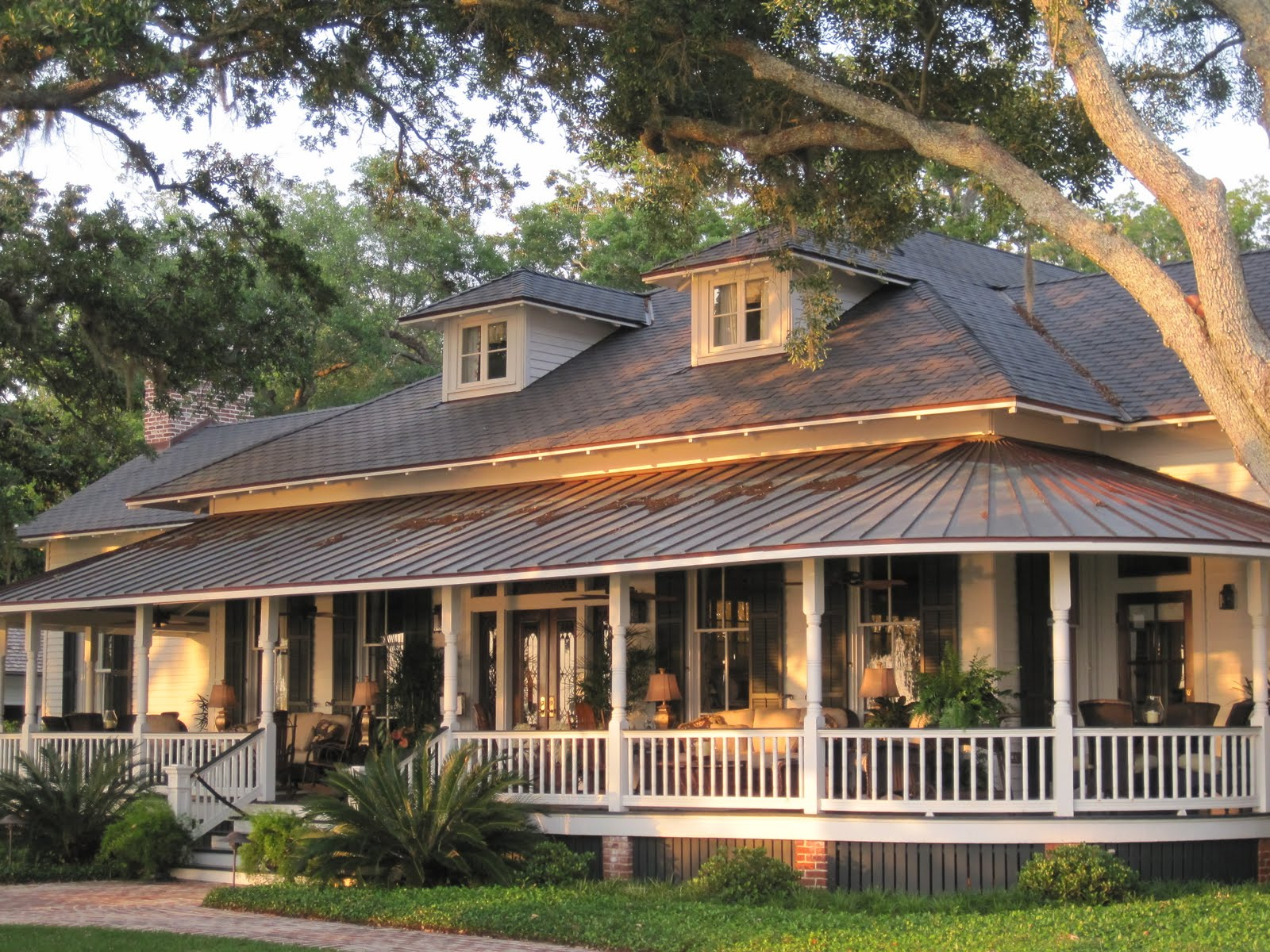 Country Home Design With Wraparound Porch Homesfeed Small House Regarding  Sizing 1600 X 1200